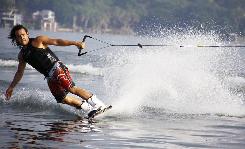 Average Speeds For Pontoon Boats - Pontoon Enthusiast