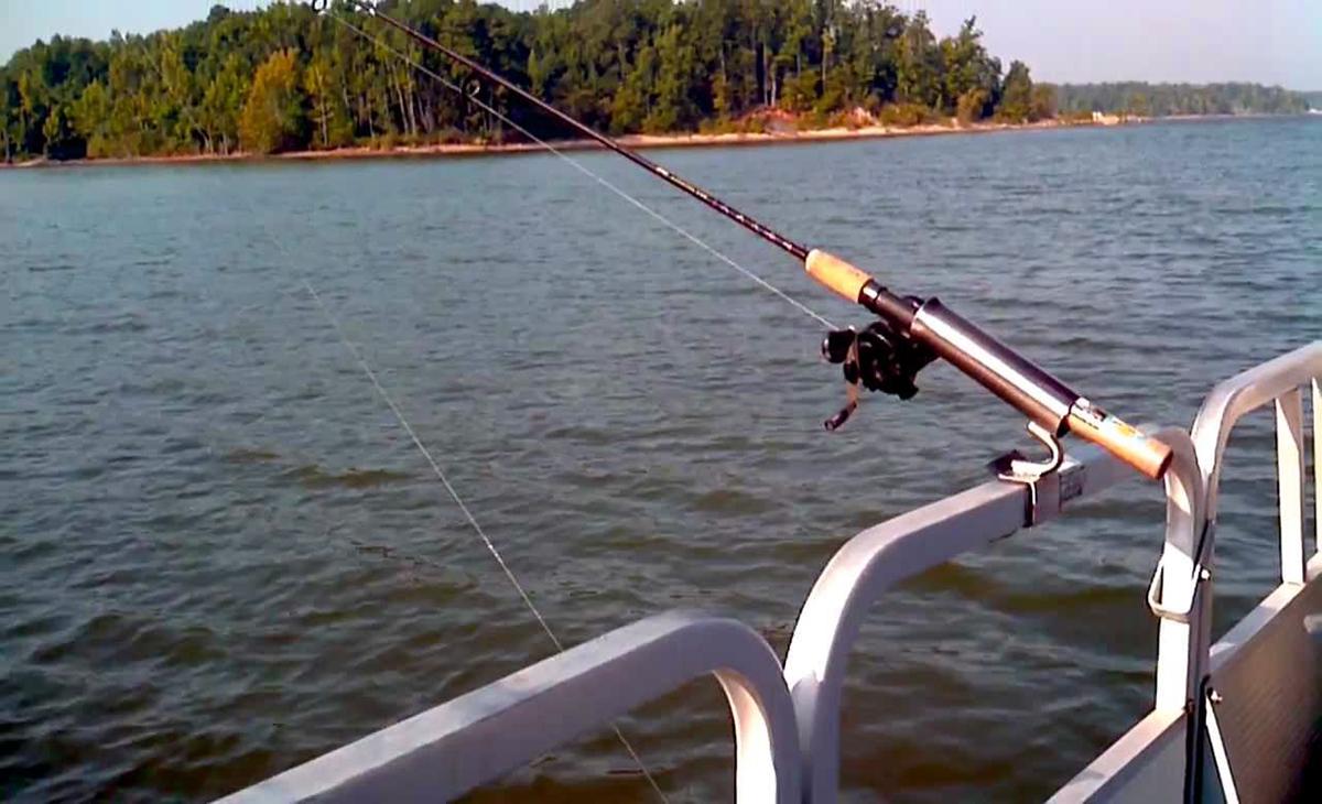 Top Fishing Rod Holders For Pontoons Pontoon Helper
